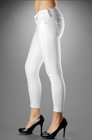 True Religion Womens Crops Jeans [Crops Jeans women 01] - $69.00